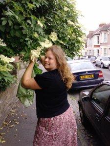 picker elderflowers at the top of our street in Bristol